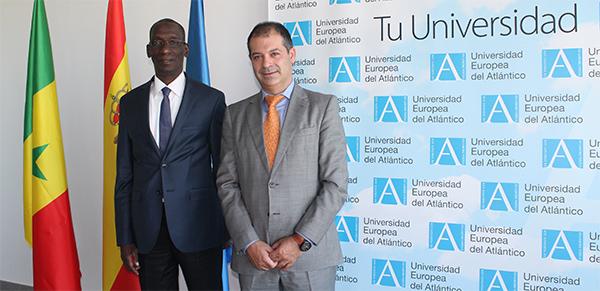 Former Minister of Senegal, Mamadou Diop Decroix, visits UNEATLANTICO