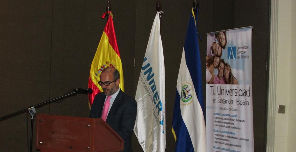 uneatlantico-consul-embajada-espana-salvador