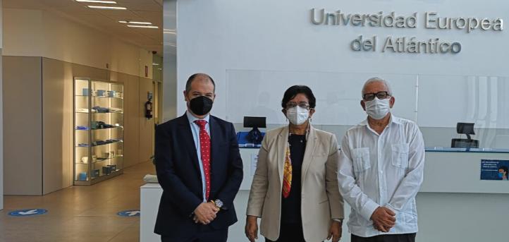 The Vice-Minister of Higher Education of the Dominican Republic, Dr. Carmen Matias Perez de Rodriguez, visits UNEATLANTICO